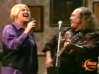 Bonnie singing with David Crosby